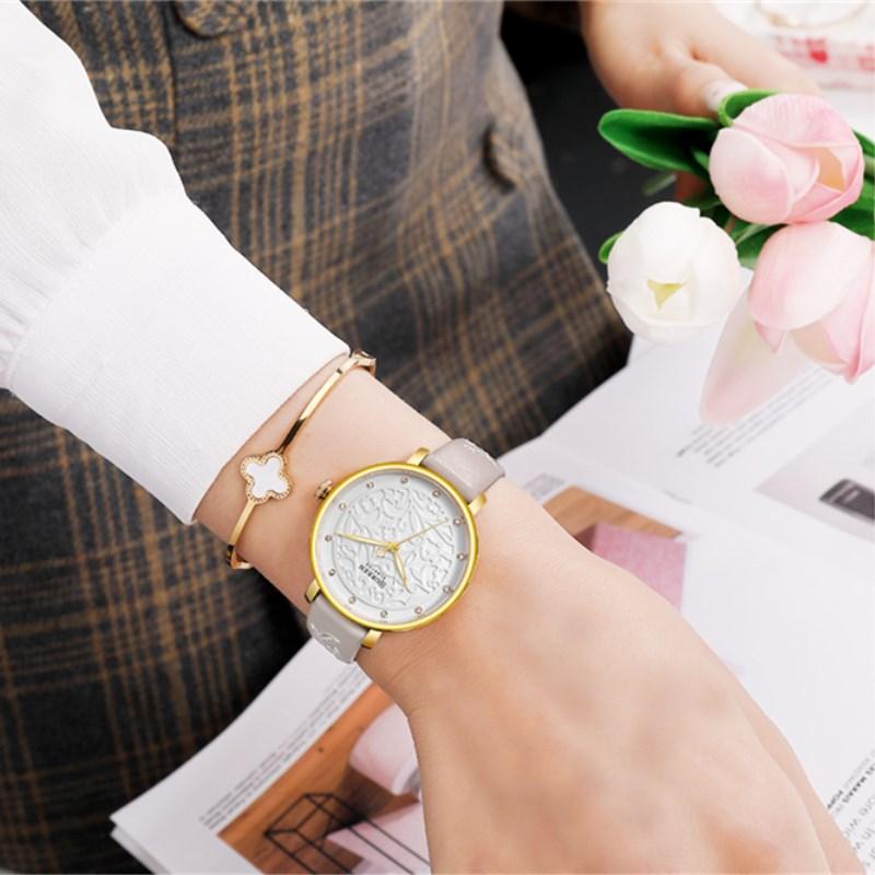 Женские модные часы Curren 9046 Brown