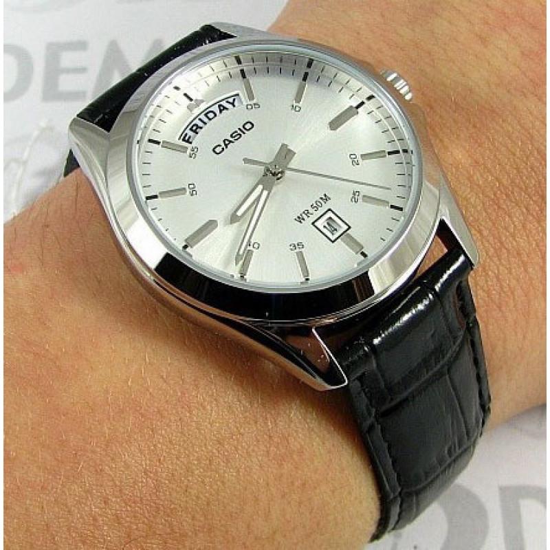 Классические часы Casio MTP-1370L-7AVDF