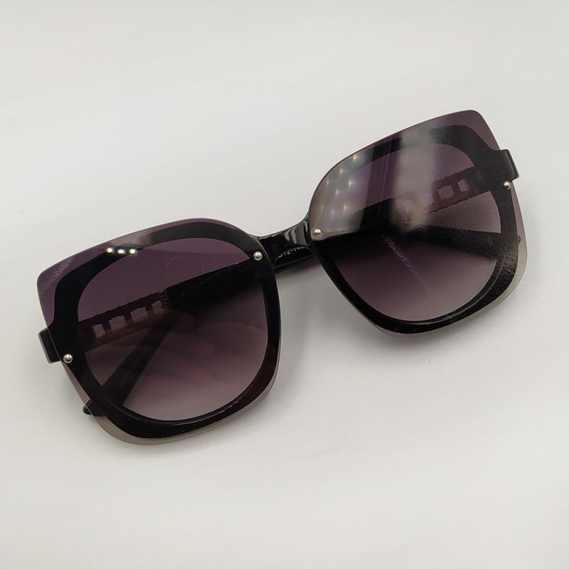 Женские солнцезащитные очки 026