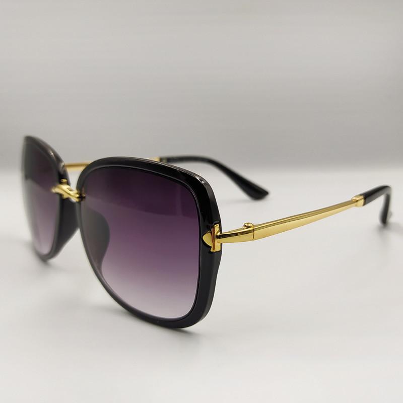 Женские солнцезащитные очки 031