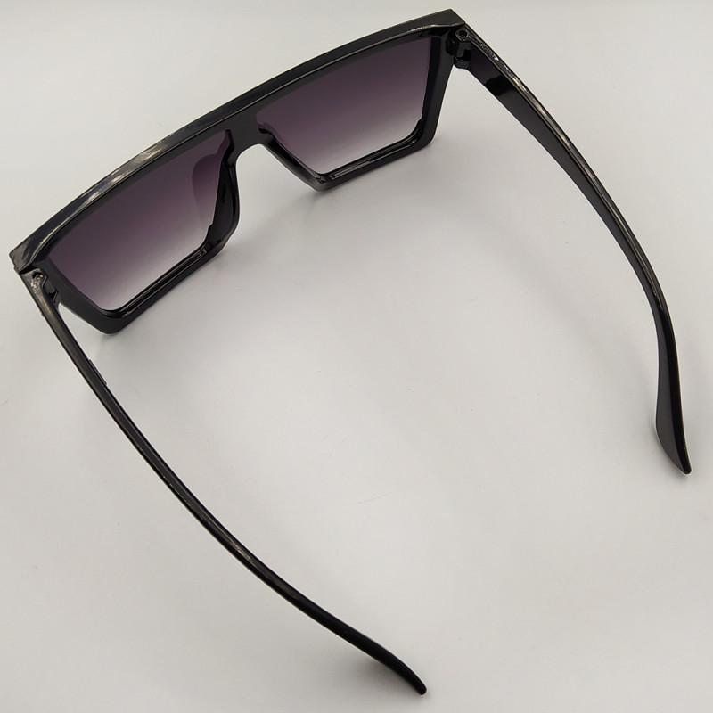 Женские солнцезащитные очки 032