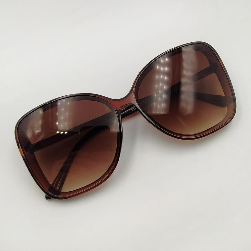 Женские солнцезащитные очки 038