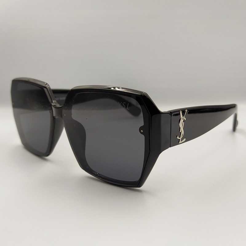 Женские солнцезащитные очки 047