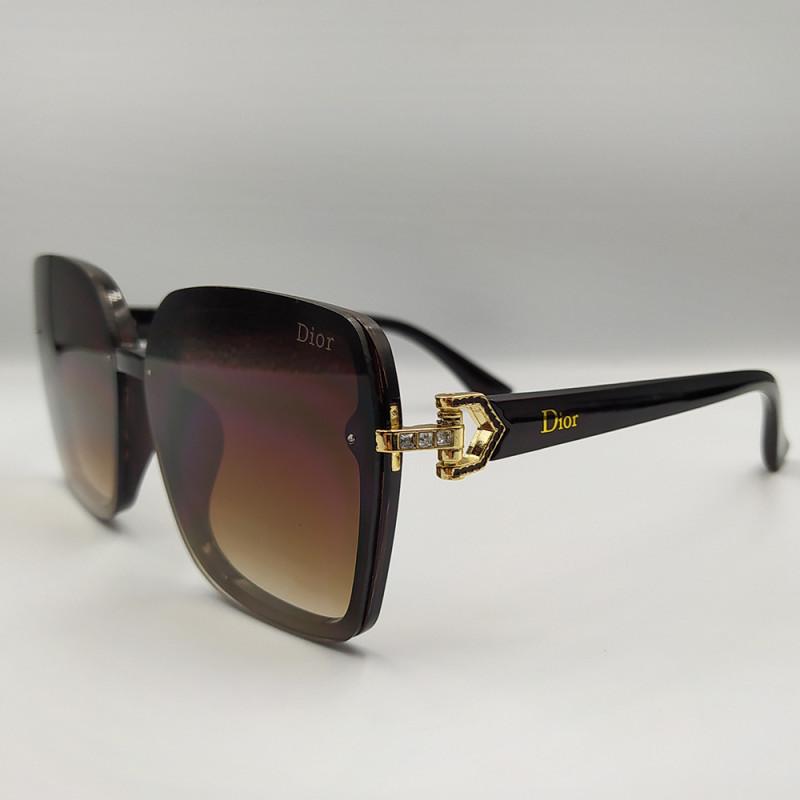 Женские солнцезащитные очки 048