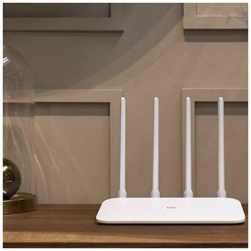 Wi-Fi роутер Xiaomi Mi Wi-Fi Router 4A Gigabit Edition, белый 4.5